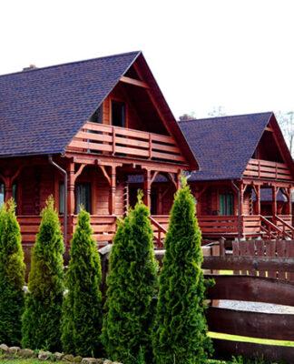 Jak na kajaki, to tylko nocleg w Zwierzyńcu- nie zapomnij o rezerwacji domku!